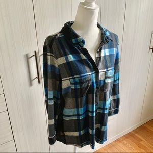🆕 POLLY & ESTHER Black and Blue Plaid Flannel
